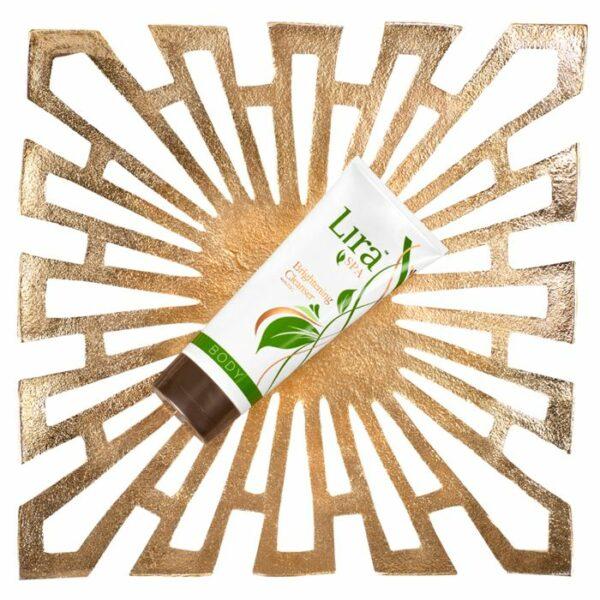 Lira Spa Brightening Cleanser 1